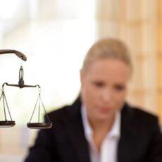 страховой юрист спб